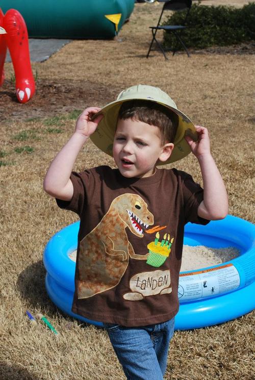 419687 3359689831077 1233963505 3468240 48553312 n {Blissful Customers} Dinosaur ROAR Birthday Party!