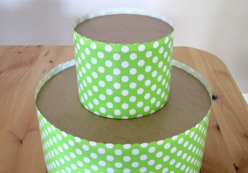 ct stacked e1335630577912 {DIY Tutorials} Hat Box Cupcake Tower