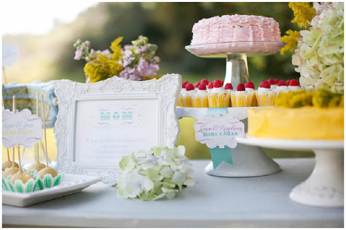 mothers day dessert table 6 Beautiful Mothers Day Entertaining Ideas
