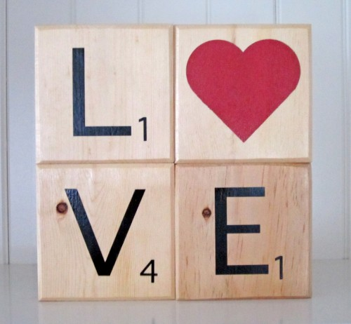 love blocks stacked e1343096985642 {DIY Tutorial} Scrabble Blocks!