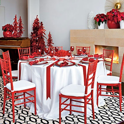 Christmas decorating pin party by a blisdsful nest for Pinterest christmas decorations for the home