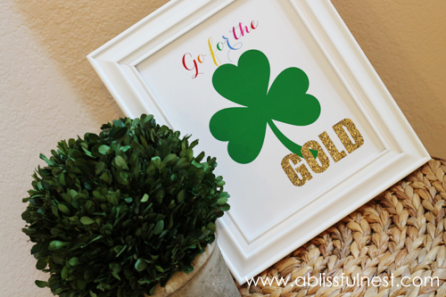 Free St Patricks Day Printable Frame Art - A Blissful Nest 001