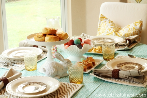 Spring table setting ideas a blissful nest for Everyday kitchen table setting ideas