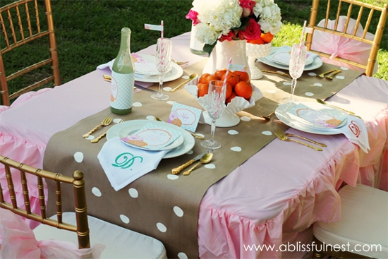{DIY Tutorial} Paper Table Runner