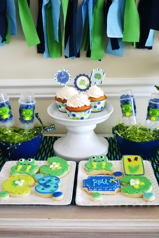 Preppy Frog Party - A Blissful Nest