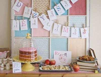 {BN Black Book of Parties} Vintage School Baby Shower