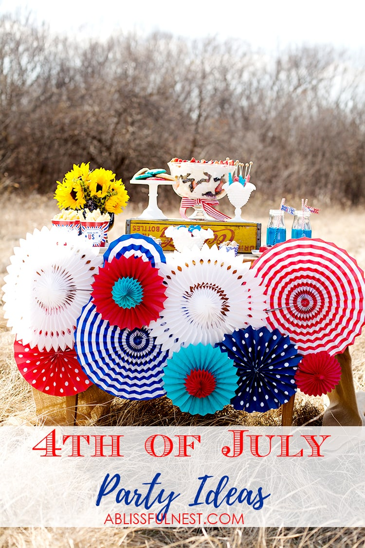 These are the cutest vintage 4th of July party ideas! See more on http://ablissfulenst.com/