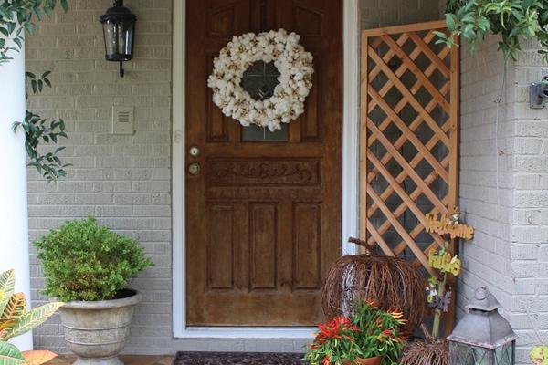 Cotton Wreath DIY Tutorial