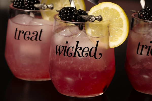 Halloween Cocktails by Flair Designery via A Blissful Nest