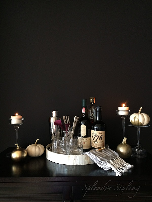 chic-black-and-gold-bar-for-fall-splendor-styling