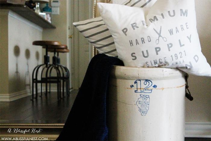 Recent Find – 1920's Blue & White Vintage Crock pot