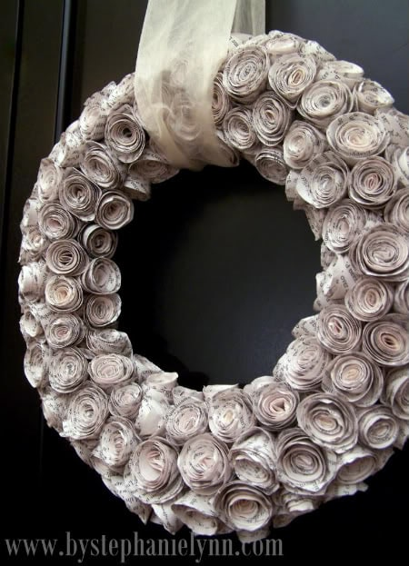 By stephanie lynn DIY Rolled Book Pages Wreath