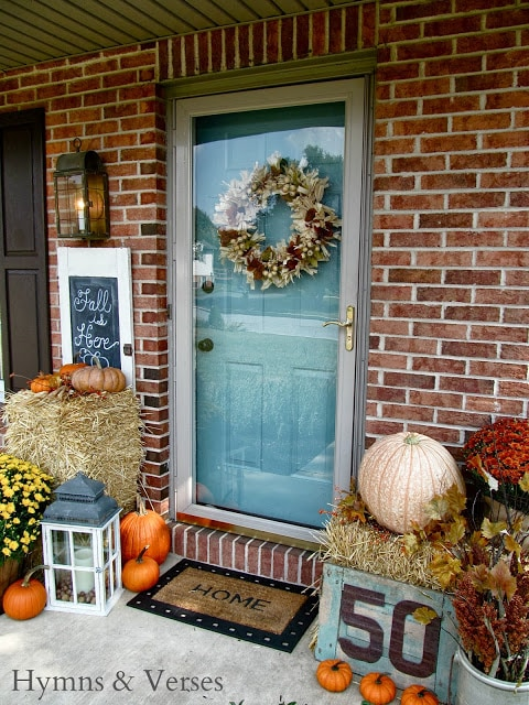 Fall Front Porch Hymns and Verses - Fall front porch ideas that are colorful, subtle, and the perfect hint of rustic!
