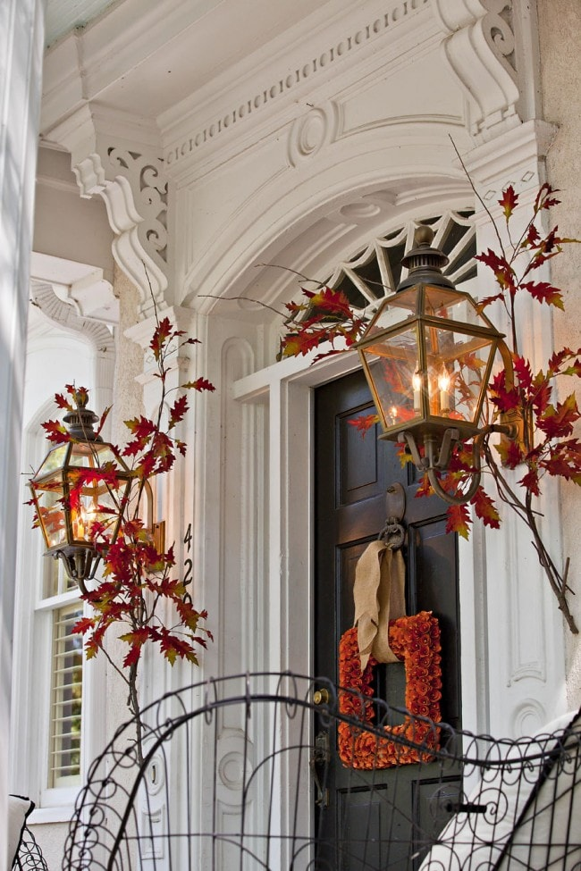 Fall Front porch Leaves Square Wreath - Fall front porch ideas are perfect for those DIY savvy decorators who love modern design.
