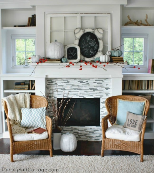 The Lillypad Cottage Fall Mantel