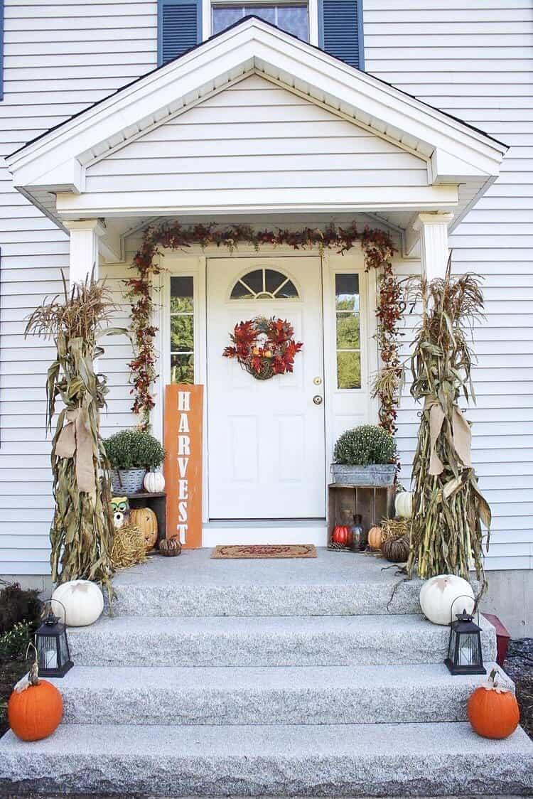 Corn husks, antique decor, pumpkins