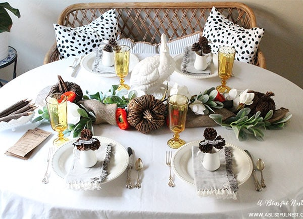 Stylish & Simple Thanksgiving Table Setting