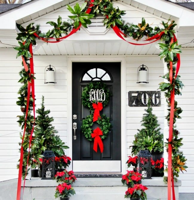 Thistlewood Farms Christmas Porch, Double Wreaths, Mini Christmas Trees,  Holly Garland, Poinsettias