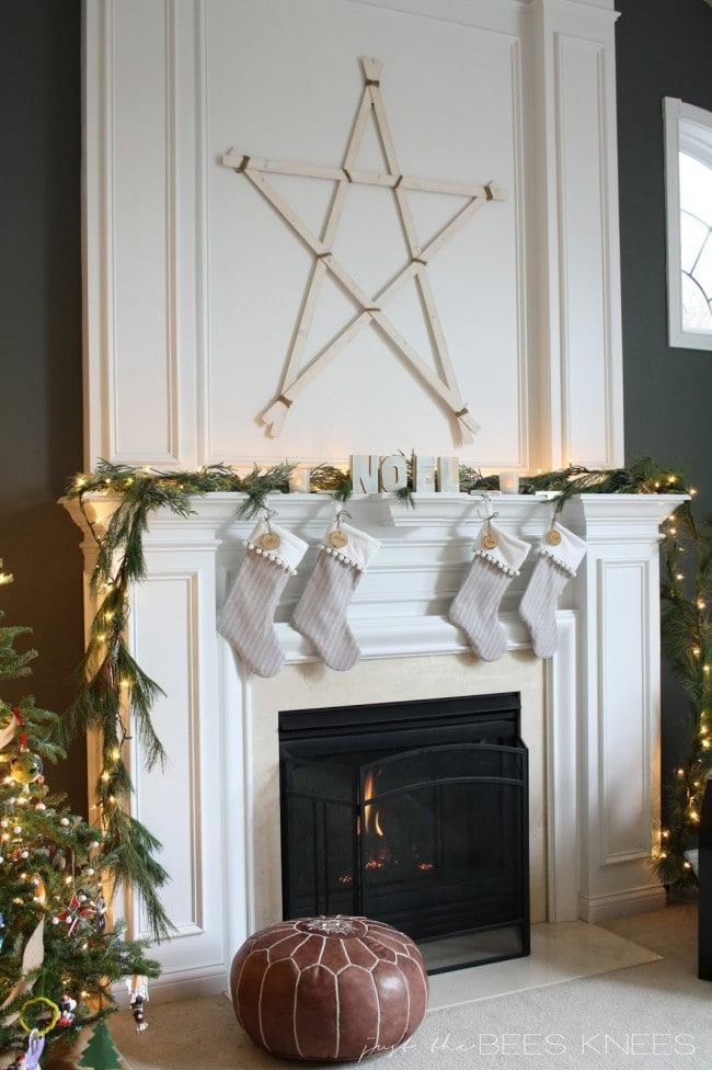 Christmas Mantel Just the Bees Knees