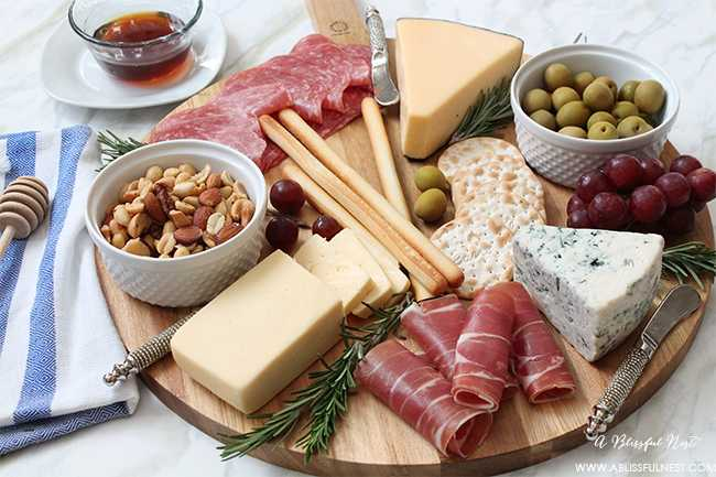 How To Make The Perfect Meat & Cheese Tray by A Blissful Nest
