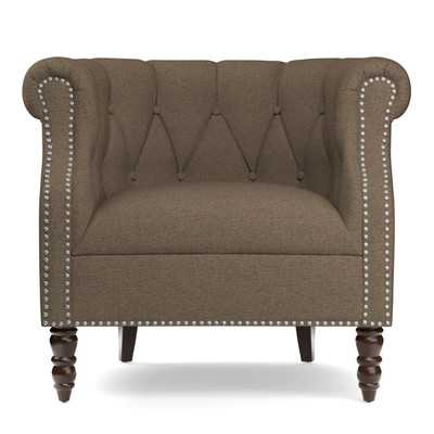 Adore the nailhead on this accent chair! 25 of the best affordable accent chairs on ablissfulnest.com