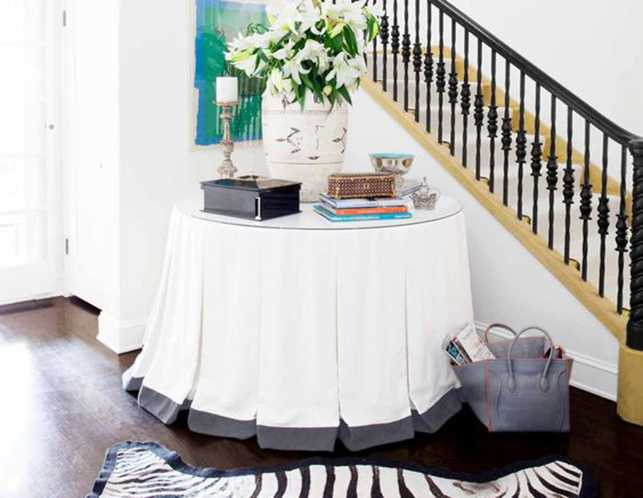 Design Details Uncovered – A Tailored Modern Entry