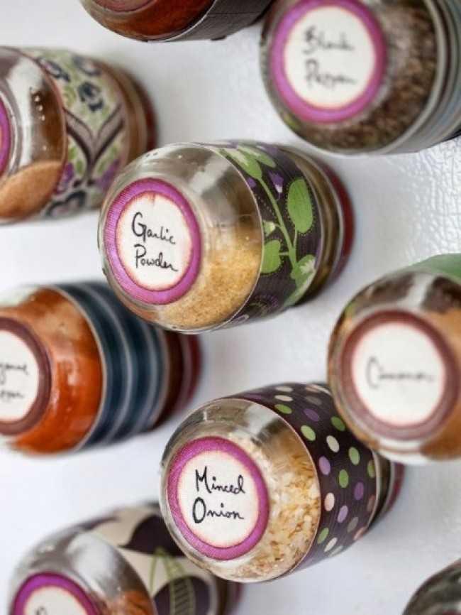 Magnetic Spice Jars, 25 Kitchen Organization Ideas