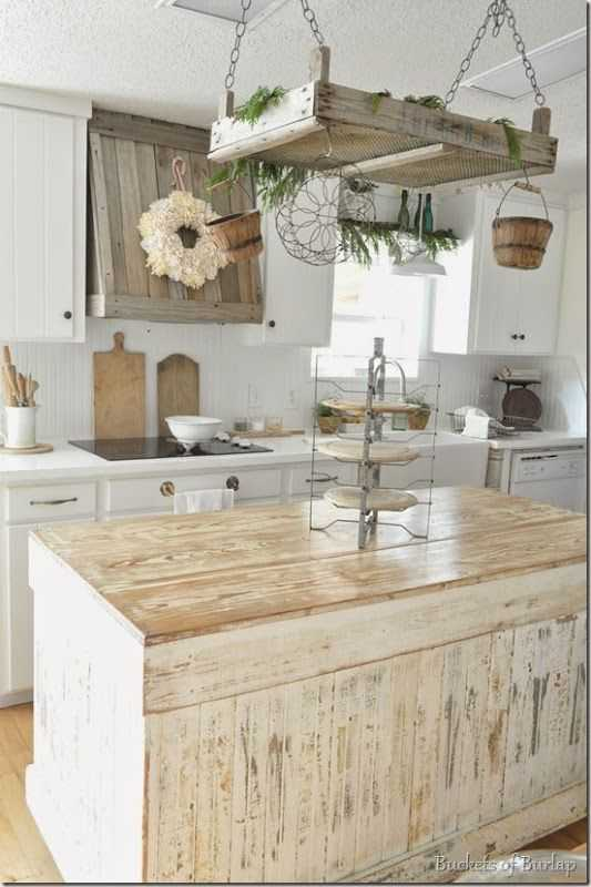 Farmhouse Kitchen Design Ideas Part - 45: Buckets Of Burlap Farmhouse Kitchen, 20 Farmhouse Kitchen Ideas #farmhouse # Farmhousekitchen #farmhousestyle