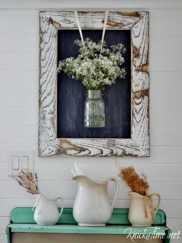 DIY Rustic Wooden Frame by Knick of Time, 20 DIY Farmhouse Projects