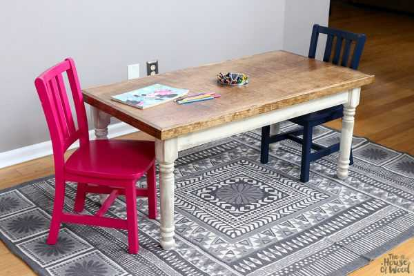 Kids Craft Table by The House of Wood, 20 DIY Farmhouse Projects
