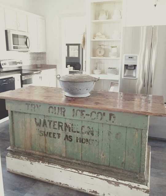 Farmhouse Kitchen Ideas For Fixer Upper Style Industrial Flare - Farmhouse style kitchen islands