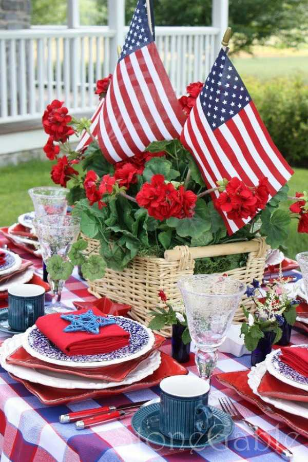 4th of July Tablescape, Best 4th of July Decor Ideas via A Blissful Nest