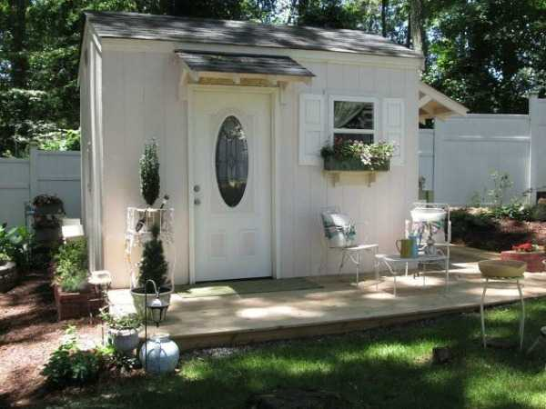 Crafting Shed via Hometalk, The Best She Sheds via A Blissful Nest