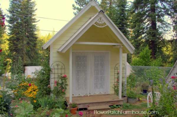 Flower Patch Farm House She Shed, The Best She Sheds via A Blissful Nest