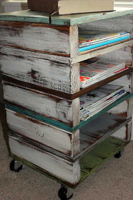 Rolling Pallet Storage, 20 Amazing Pallet Projects via A Blissful Nest