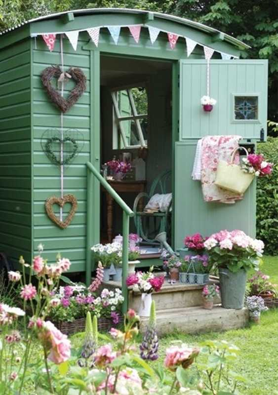 The Green Shed via Jenny, The Best She Sheds