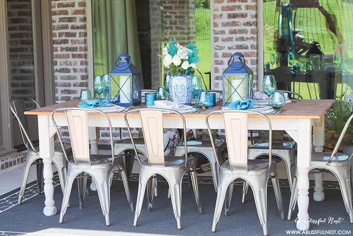 Fresh coastal table décor ideas for the perfect summer night. Grab these tips on setting the perfect coastal tablescape by A Blissful Nest. http://ablissfulnest.com/ #coastal #tabledecor #tabledecorideas #coastalinteriors #coastalroom #ocean #blueandwhite