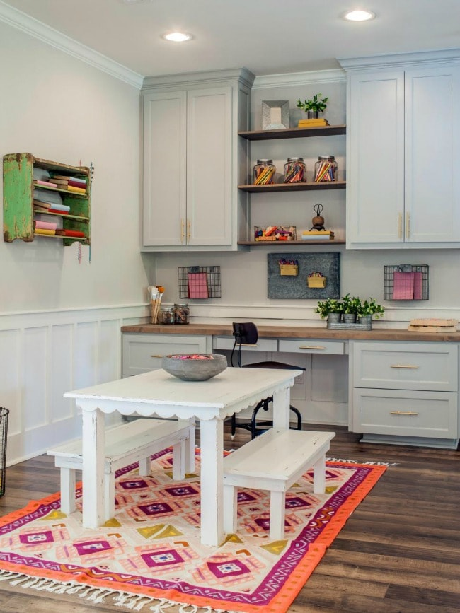 This craft room and office space is cute and functional - organization is key! HGTV Contemporary Update, 20 Best Fixer Upper Rooms