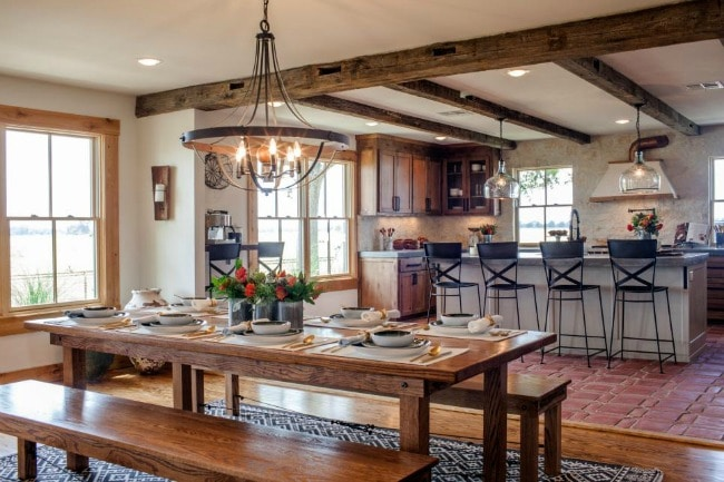 HGTV Family Home Rescurrected 20 Best Fixer Upper Rooms