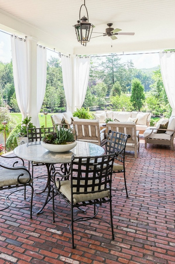Home Bunch, 20 Best Patio Spaces via A Blissful Nest