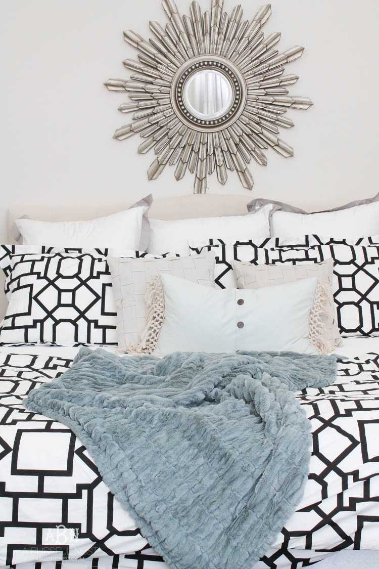 A gorgeous master bedroom reveal with a soft color palette and bold modern touches. Also a great review on gelfoam mattresses by A Blissful Nest. https://ablissfulnest.com/ #masterbedroom #bedroomideas #bedroomdecor