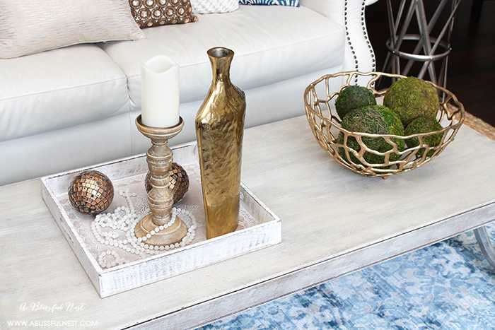 Add International Flair to your home with touches of accessories and colors from other countries. Get our tips on creating a beautiful and eclectic space! http://ablissfulnest.com #entry #interiordesign #homedecortips