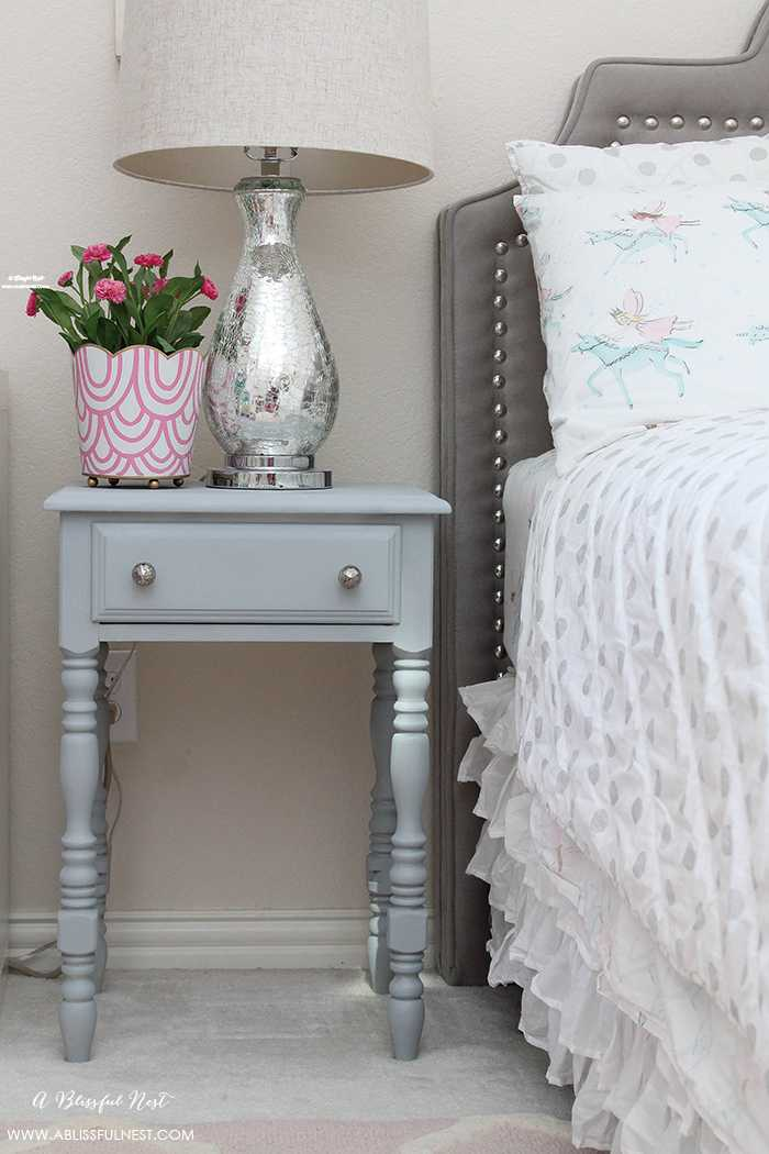 Diy Nightstand Makeover Using Chalk Spray Paint