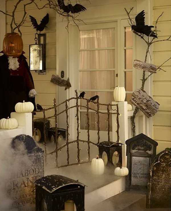 Dekorella, 20 Fabulously Spooky Halloween Front Porches