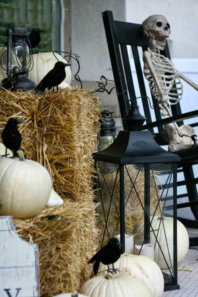 Nob Hill, 20 Fabulously Spooky Halloween Front Porches