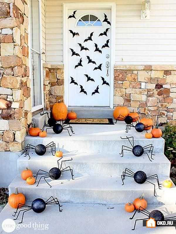 One Good Thing by Jillee, 20 Fabulously Spooky Halloween Front Porches