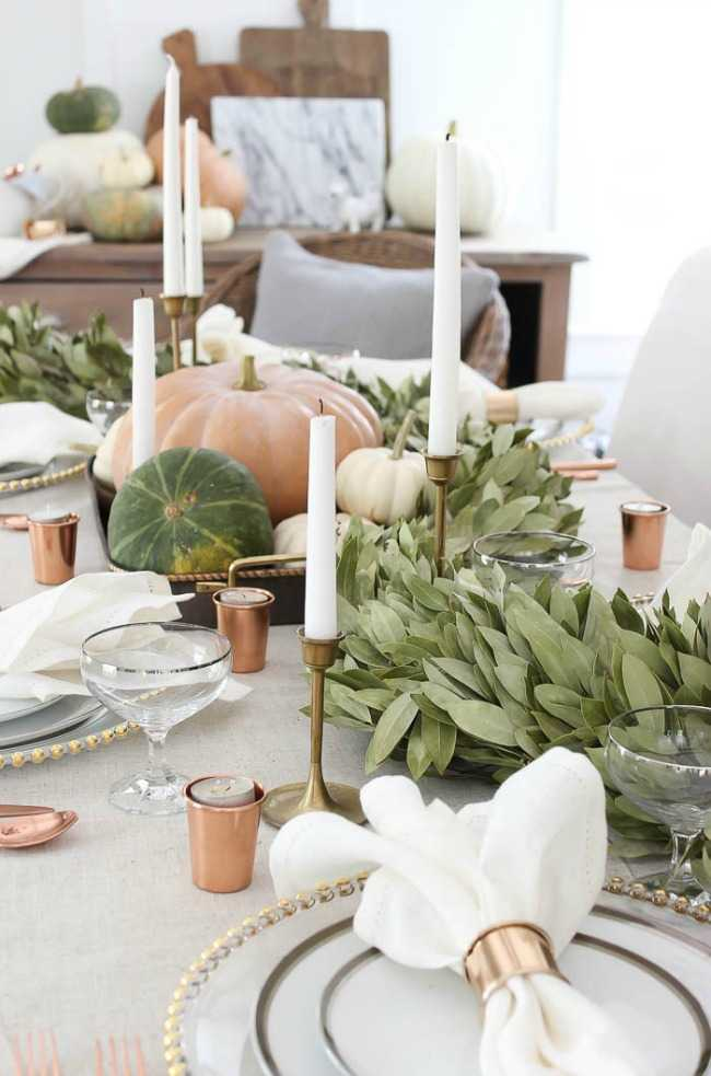 These 15 Gorgeous Thanksgiving Tables have so many different ways you can make Thanksgiving a happy gathering. Make your Thanksgiving table shine this year. See more at https://ablissfulnest.com// #Fall #Thanksgiving #ThanksgivingTable