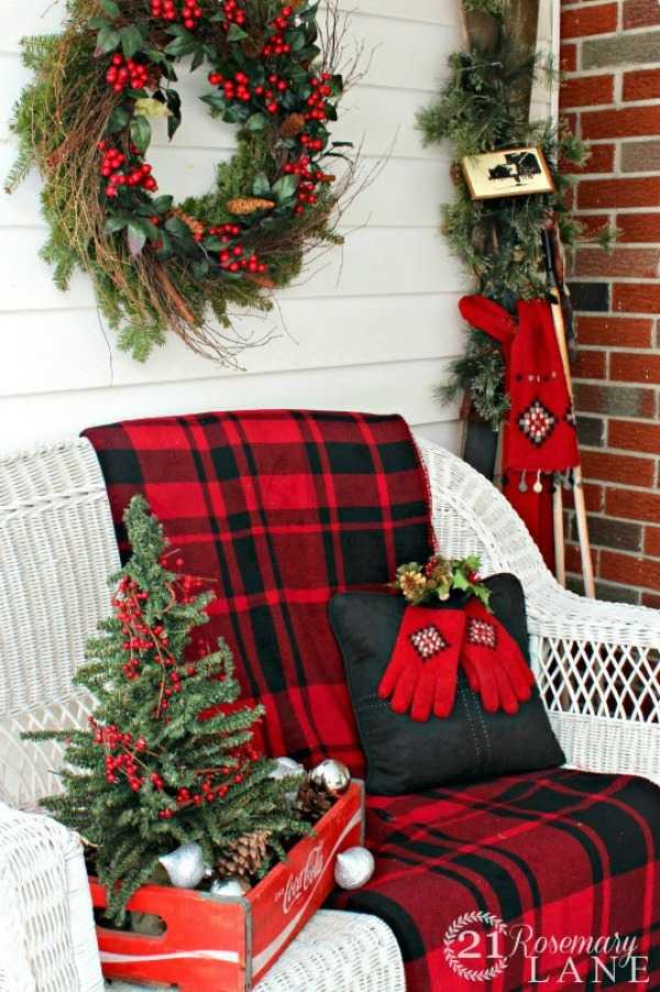 Front Porch Christmas Decorations.25 Best Christmas Front Porches Ideas For The Holidays