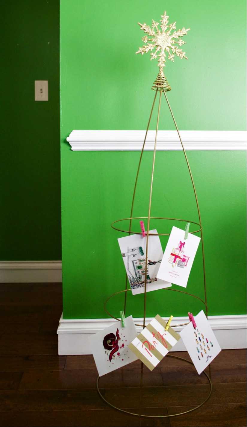Simple DIY Holiday Card Holder