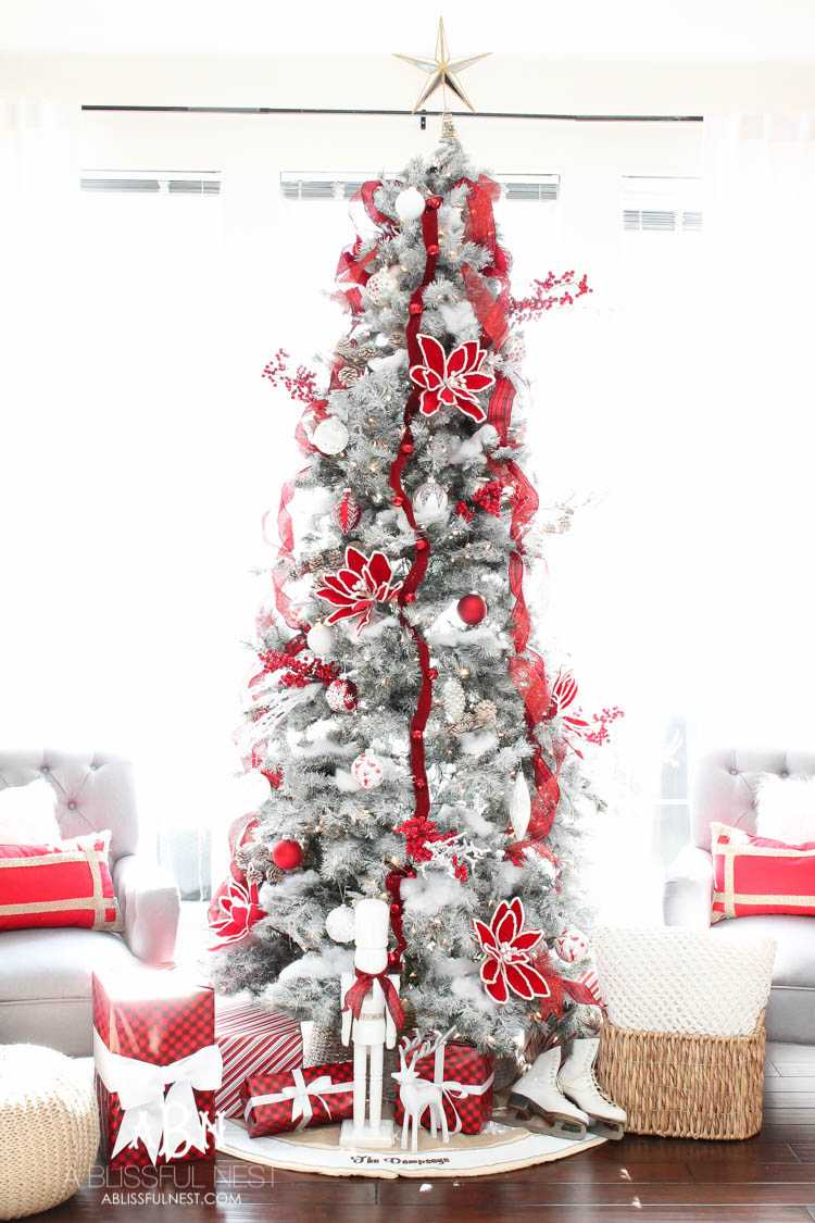 White Christmas Tree Design.Classic Red And White Christmas Tree Decorating Ideas
